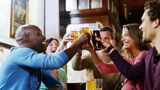 20 phong tục uống kỳ lạ trên thế giới