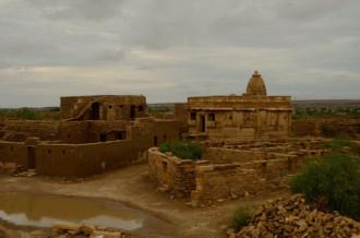 Bí ẩn ngôi làng bị nguyền rủa ở Ấn Độ