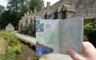 Ngôi làng được in hình lên hộ chiếu nước Anh