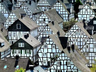 Những ngôi nhà cổ xinh đẹp ở Alter Flecken