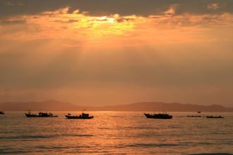 Cô Tô, hòn đảo 'thiên đường' của dân phượt