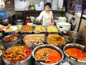 Những khu ẩm thực không thể bỏ qua tại Thái Lan