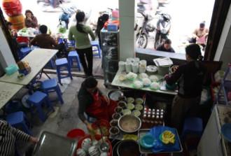 4 hàng bún chả lâu đời ở Hà Nội