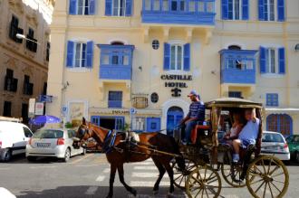 Ghé thăm Malta, Sicily, Dubai cổ kính