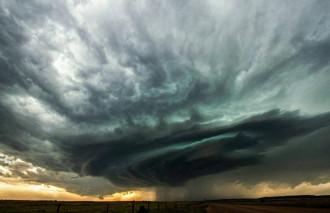 Những bức ảnh đón bão tuyệt đẹp của Matthew