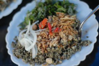 3 món Huế hấp dẫn cho bữa trưa ngày đông Hà Nội