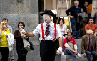 8 luật lệ trên thế giới khiến du khách ngỡ ngàng