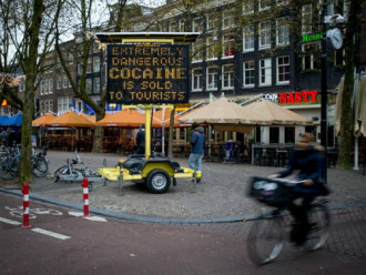 Cảnh sát Amsterdam bán thuốc thử ma túy
