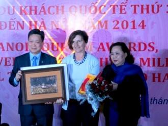 Hà Nội chào đón du khách quốc tế thứ 3 triệu
