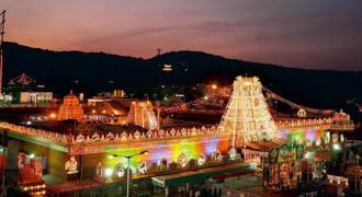Đền thiêng Tirumala - nơi con người trả nợ giúp thần linh
