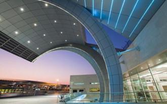 Dubai trừng phạt thẳng tay kẻ quấy rối du khách nữ