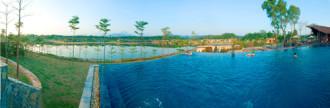 Mở cửa bể bơi nước nóng ngoài trời tại Flamingo Đại Lải Resort