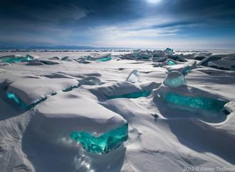 Những hồ băng đẹp tựa xứ sở thần tiên trên khắp thế giới