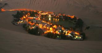 Huacachina, ốc đảo giữa sa mạc Peru