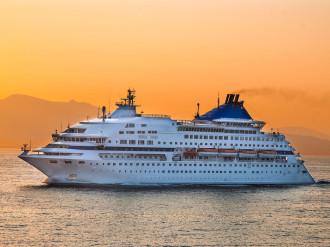 Kinh nghiệm để không bị say và mệt mỏi khi du lịch trên biển