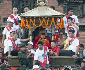 Sự thật về các thánh nữ đồng trinh ở Nepal