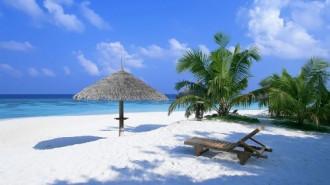 """Dạo quanh 12 bãi biển """"không cát"""" nhưng đẹp tuyệt trần trên thế giới"""