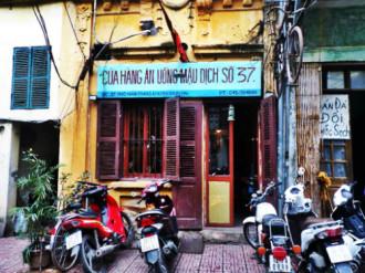Quán ăn gợi nhớ thời bao cấp ở Hà Nội