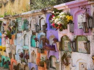 Thế giới màu sắc của người chết ở Guatemala