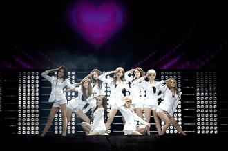 Tour đi xem K-Pop cho teen Việt