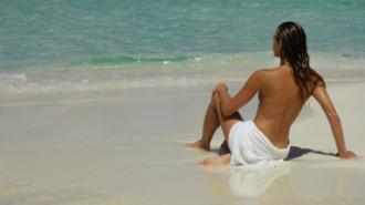 'Bắt gặp' 8 ngôi sao Hollywood tắm nude ở St.Tropez