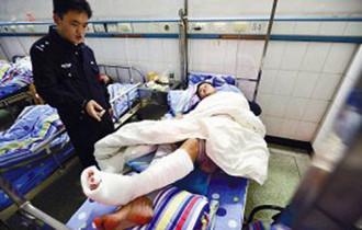 Du khách Trung Quốc nhập viện vì đi vệ sinh sai cách