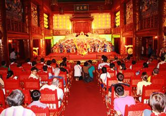 Nhà hát cổ nhất Việt Nam mở cửa phục vụ du khách