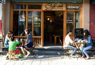 Quán cà phê cho người mê nhiếp ảnh ở Hà Nội