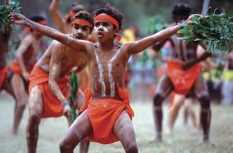 Thổ dân Australia gặp khó khi nhập cảnh về quê nhà