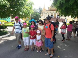 500 chuyến du lịch hè miễn phí cho học sinh giỏi