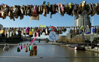 Australia tháo bỏ 20.000 ổ khóa tình yêu