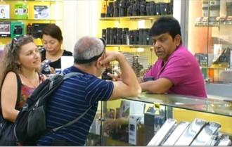 Chợ điện tử Sim Lim phục hồi sau bê bối bắt nạt du khách Việt