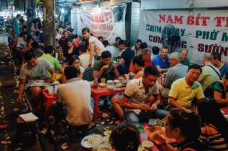 Thức ăn đường phố Hà Nội ngon nhất châu Á