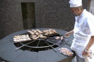 Bữa tiệc BBQ nóng bỏng nhất thế giới