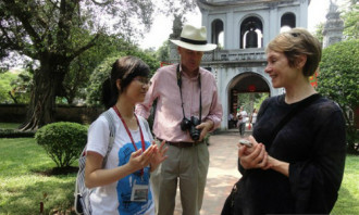 Hướng dẫn viên du lịch tương lai so tài ở Huế
