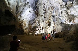 Nhiều hang mới đưa vào khai thác tại Quảng Bình