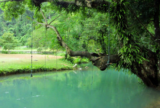 7 ngày ở thị trấn Vang Vieng