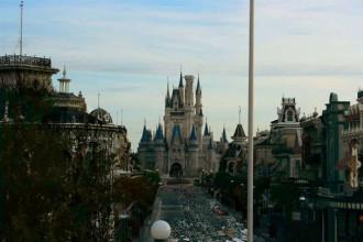 Lạnh sống lưng với công viên Disney World ở thời kỳ hậu tận thế