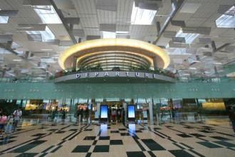Singapore từ chối nhập cảnh nhiều nữ hành khách Việt