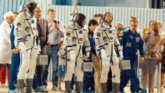 Tốn 35 triệu USD để trở thành du khách trên vũ trụ
