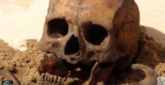 Giải mã khu mộ 'ma cà rồng' ở Ba Lan