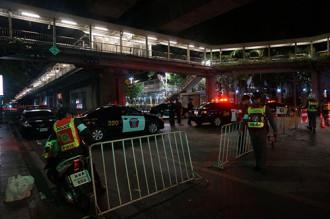 Nhiều du khách lo lắng sau vụ nổ bom ở Bangkok