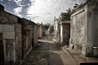 Những cánh cửa đi vào cõi hư vô ở New Orleans