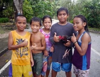 Cuộc sống thanh bình trên đảo quốc bé nhất thế giới