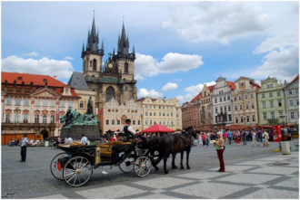 Khám phá mùa thu Đông Âu