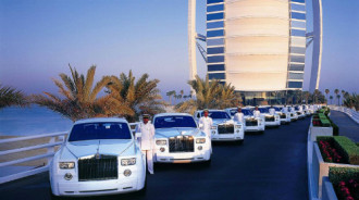 Kiểu 'vung tay quá trán' của giới thượng lưu ở Dubai