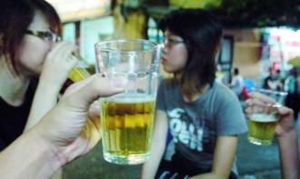 Báo Anh chọn bia hơi là đồ uống đặc sản Việt
