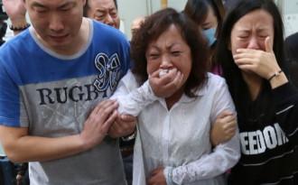 Hướng dẫn viên Hong Kong đánh du khách