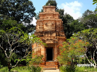 Kiến trúc độc đáo của tháp cổ ở Tây Ninh