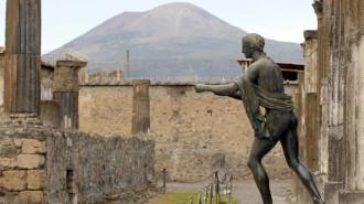 Sợ bị 'nguyền rủa', du khách trả lại cổ vật bị đánh cắp từ đền thiêng